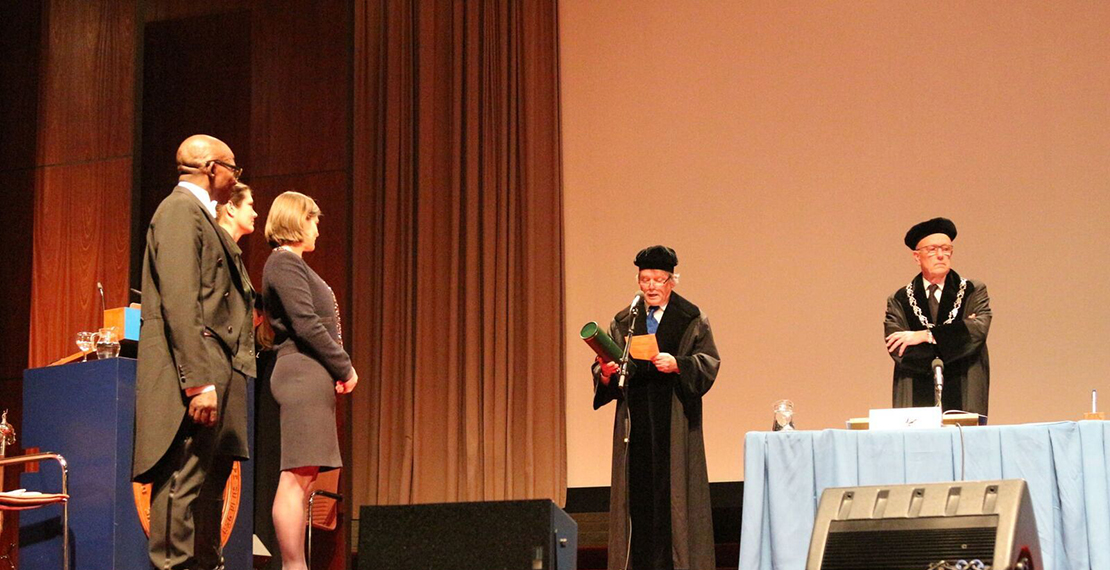picture of the PhD-graduation of dr. Josefien Van Olmen