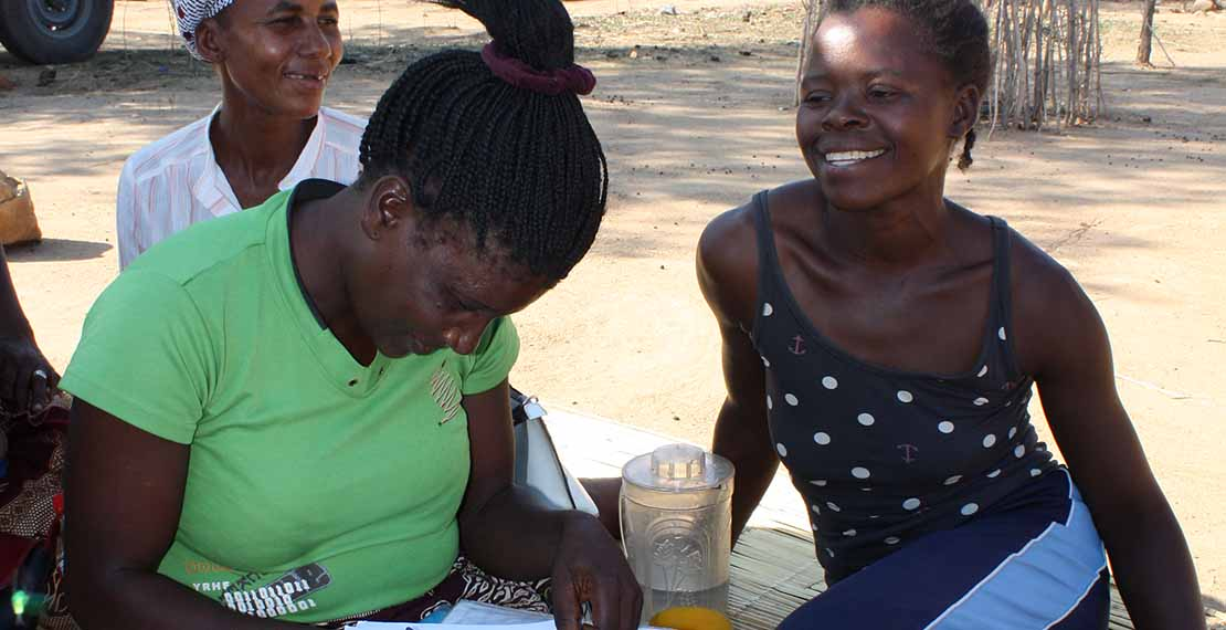 Community ART groups in Mozambique