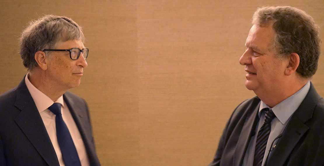 Bill Gates and Bruno Gryseels at the press conference.